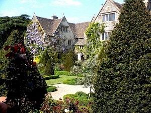 Abbey_House_Gardens_Malmesbury